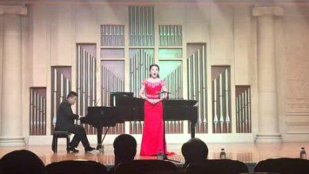 声乐课 Music Lesson